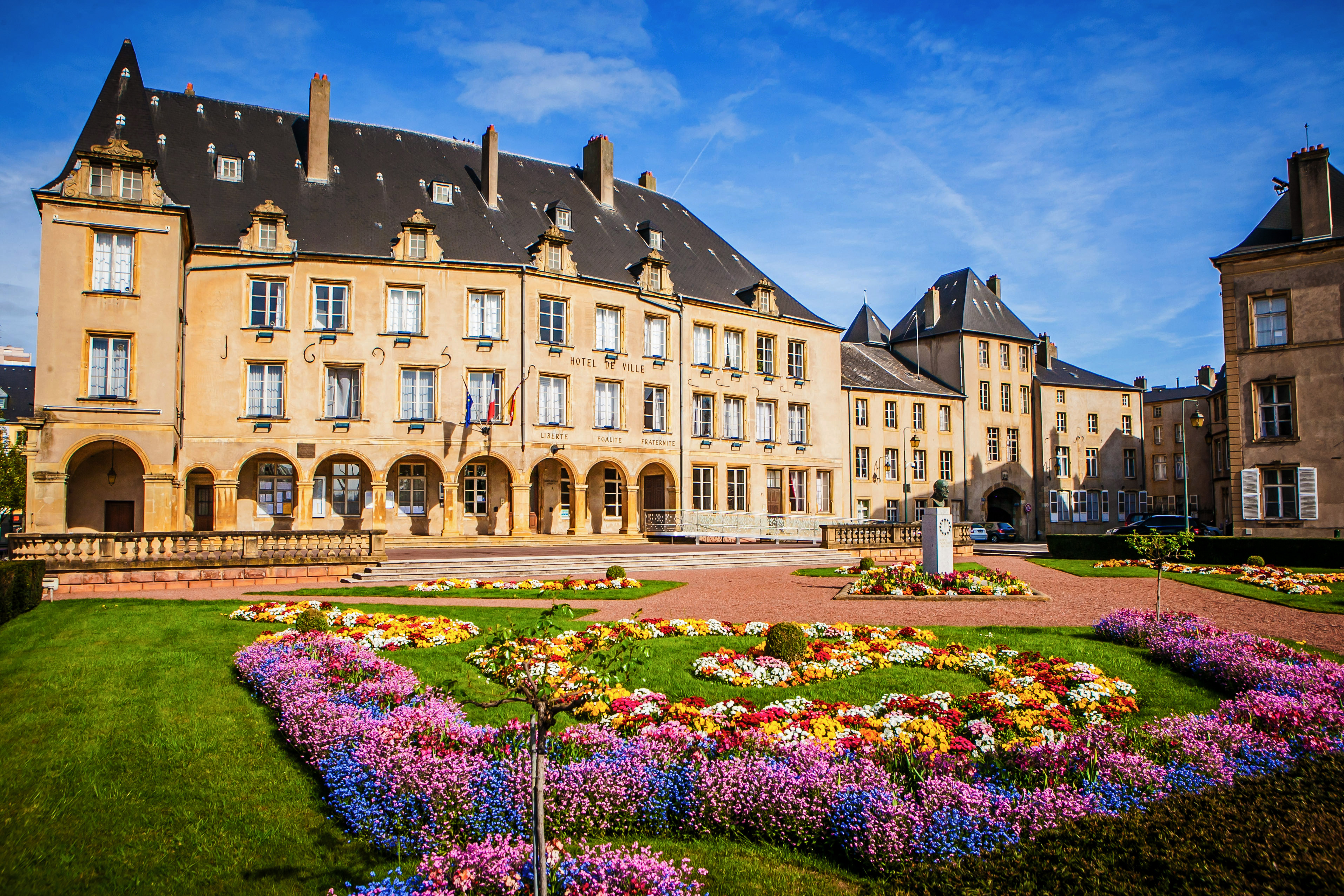 Histoire thionville for Appart hotel thionville
